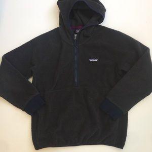 Patagonia Rare Navy Sherpa half zip hooded sweater